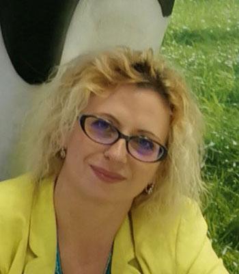 Kinga Cristina Slăvescu